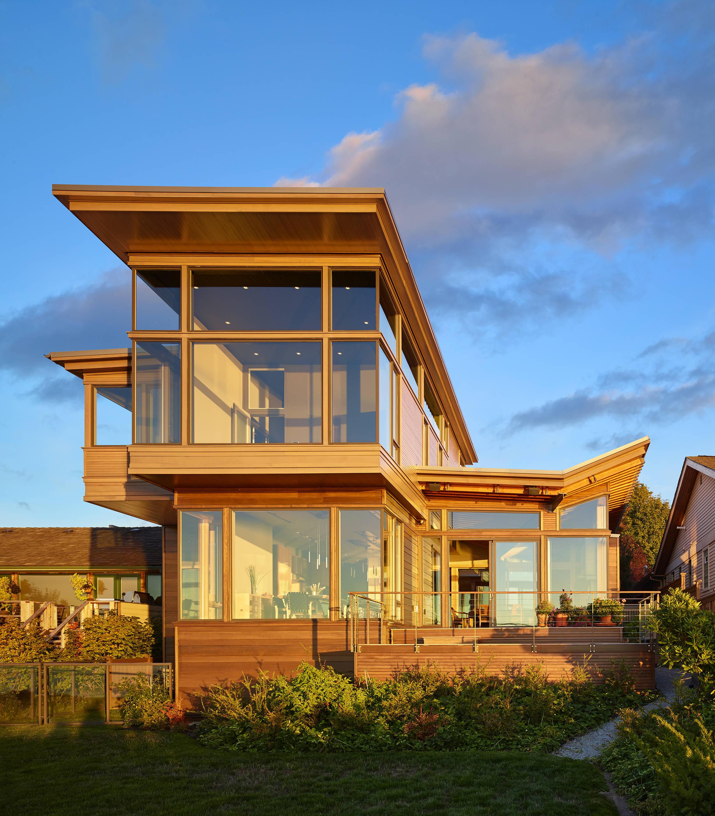 Elliott bay seattle washington custom home builder for Custom home builders seattle