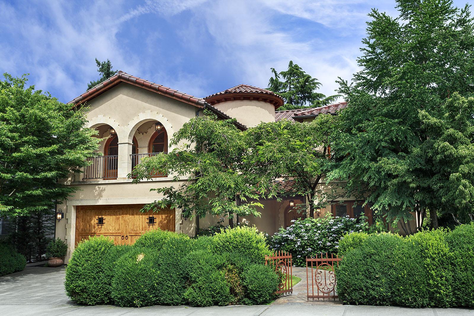 Broadmoor seattle washington custom home builder for Custom home builders seattle